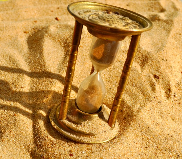 the_sands_of_time_4_by_uktara-d4c7mky